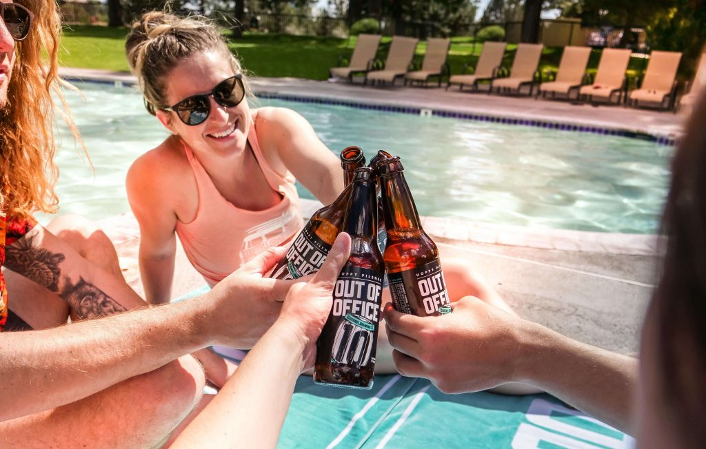 Out of Office - 2017 Summer Seasonal - 10 Barrel Brewing Co. - Bend, OR since 2006